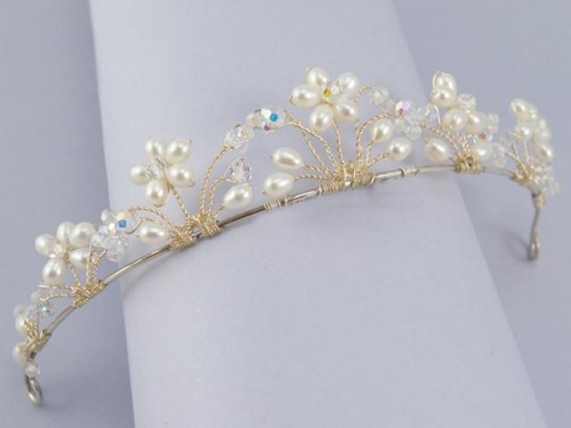 Диадема для невесты из бисера своими руками 39